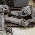MOTOMAN XRC ERCS 2 pieces handling robot