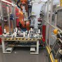 Dürr Kuka KR 2210 Roboter mit Dürr Klebeeinheit Windshield pasting Kuka KR 2210
